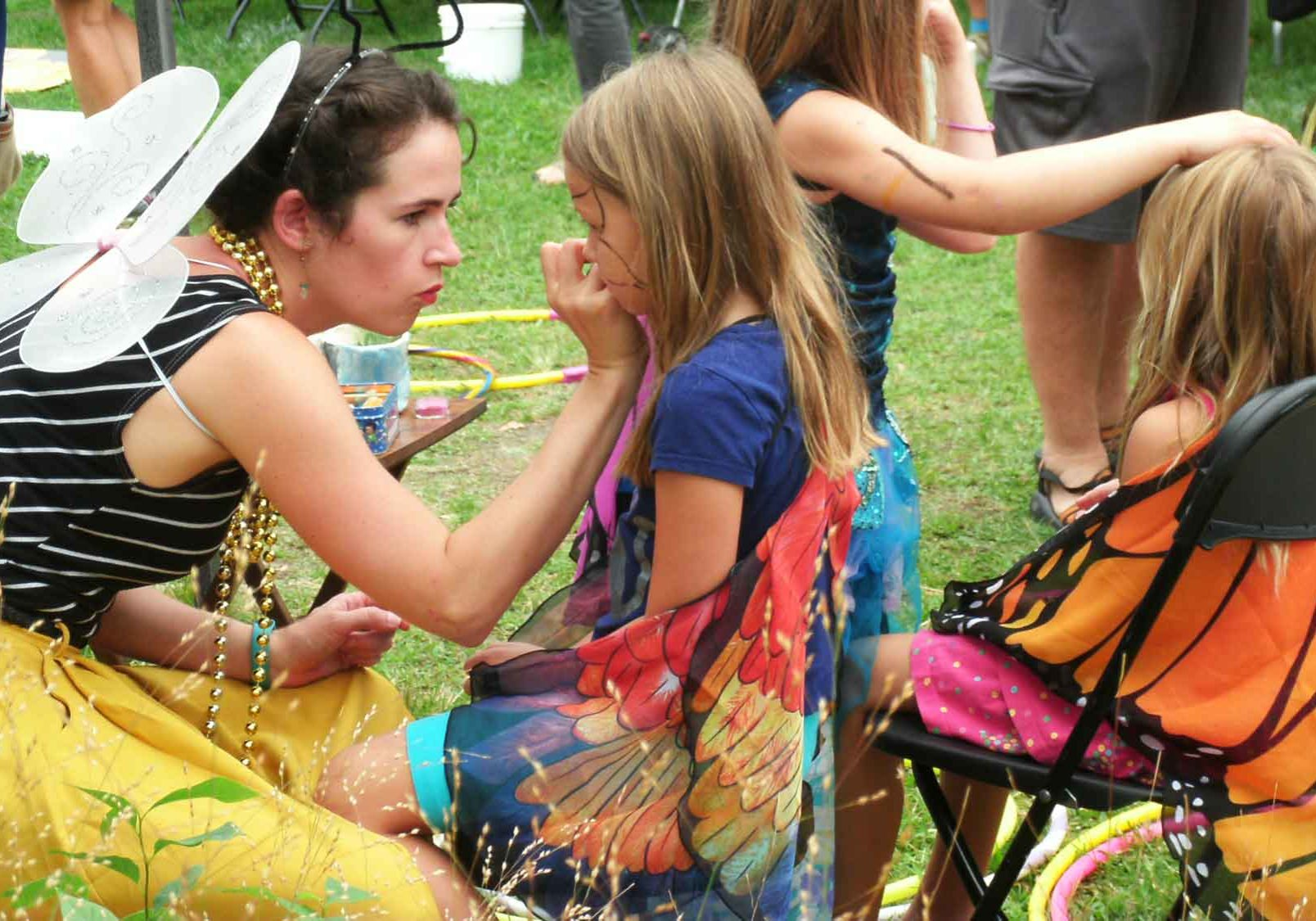 get-your-face-painted-and-join-the-organicfest-bee-organic-parade